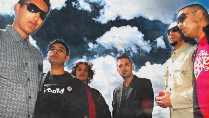 Asian Dub Foundation aflyser koncert