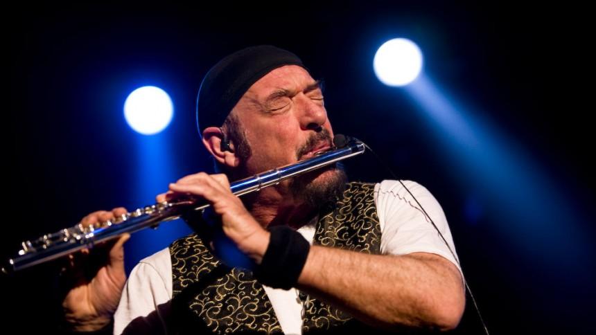 Ian Anderson fremfører Jethro Tull-klassiker i Danmark