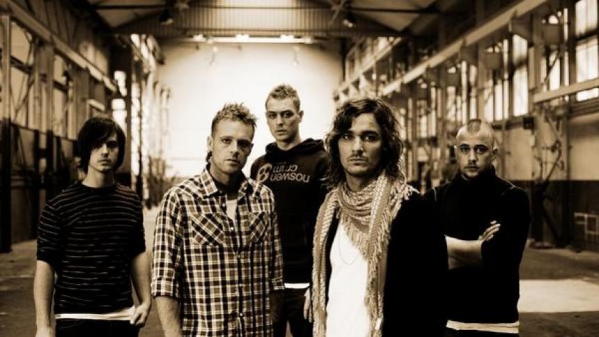 Surfact - sælger flere koncertbilletter end album