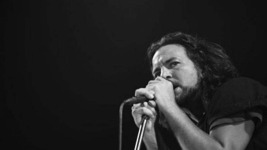 Eddie Vedder kritiserer Roskilde Festival