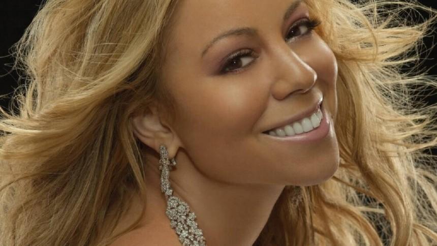 Nyt Mariah Carey-album får reklamer på coveret