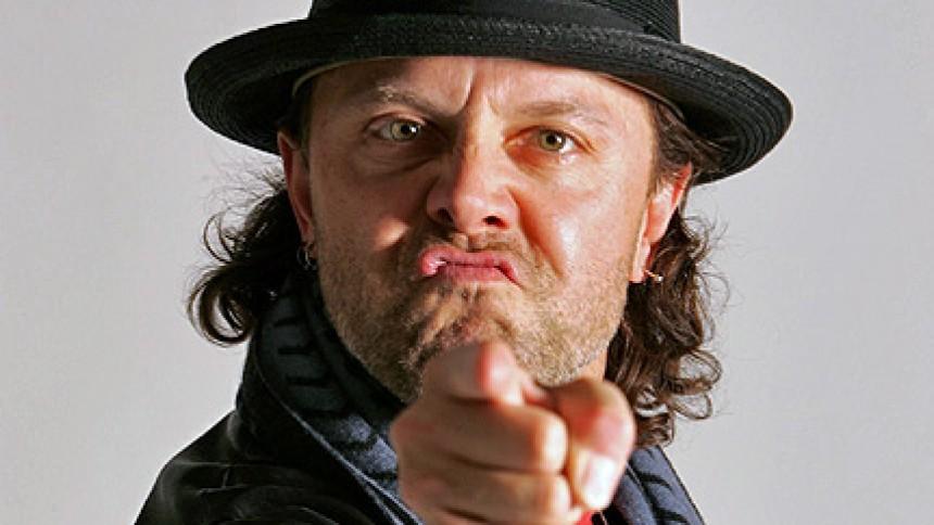 Lars Ulrich med i Guns N' Roses-video