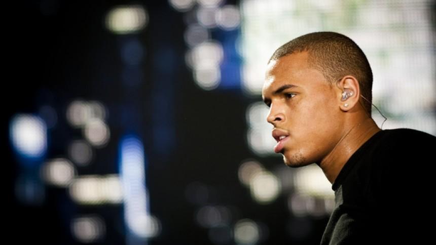 Chris Brown sigtet for vold og trusler