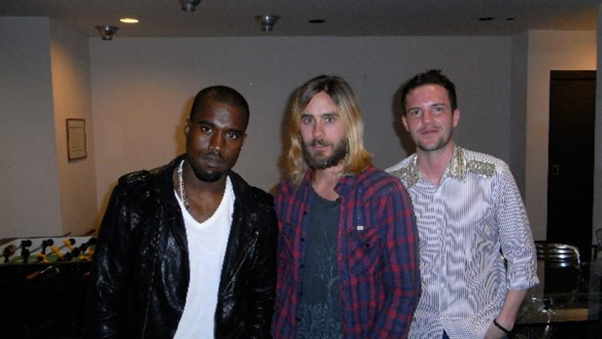 Kanye West i studiet med The Killers-forsanger