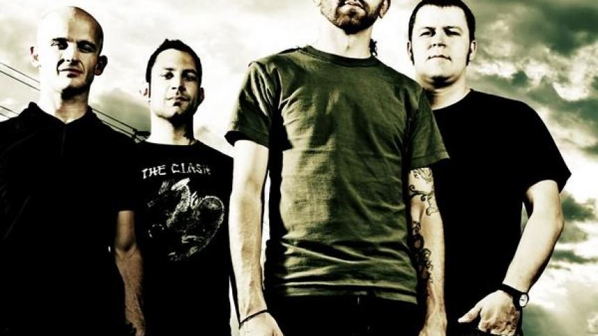 Rise Against får mere plads