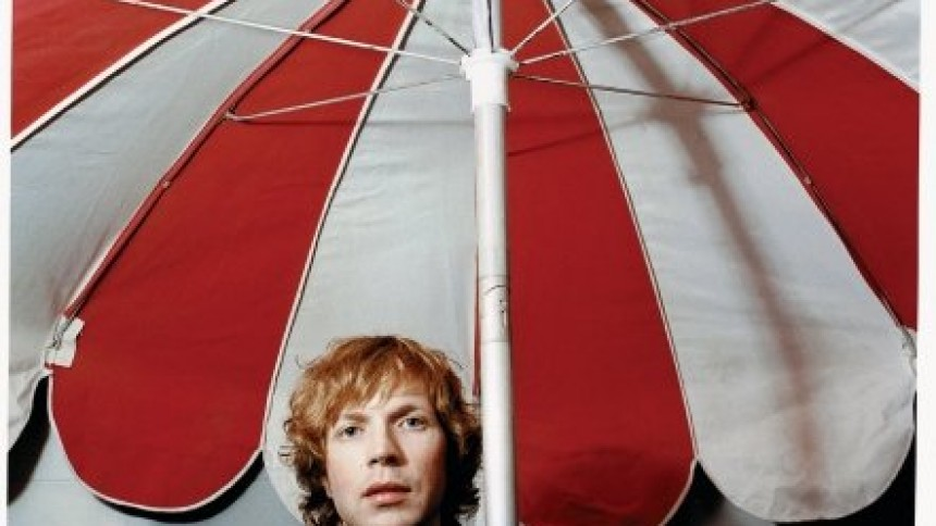 """Beck indspiller cover af INXS' """"Kick"""""""
