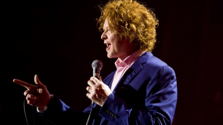 Simply Red siger farvel