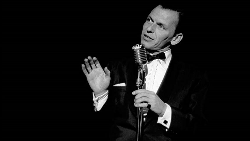 Frank Sinatra slår folk ihjel