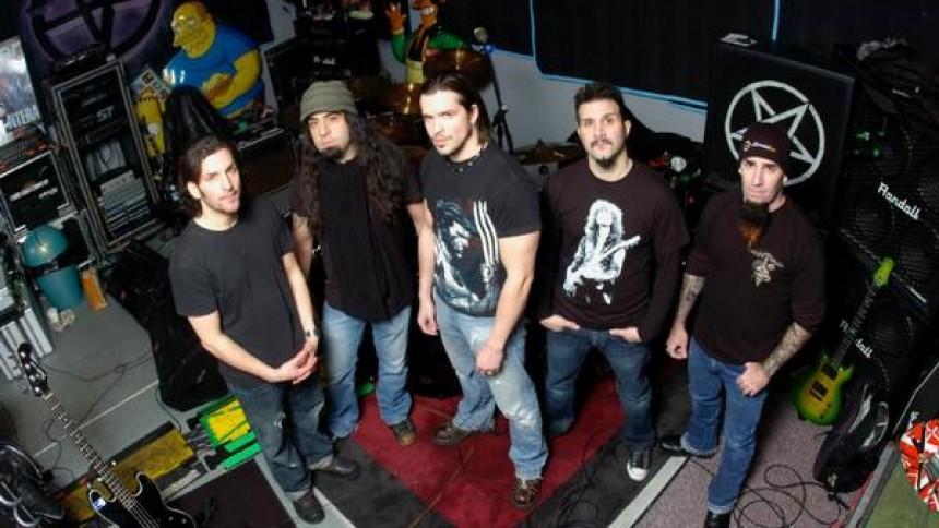 Anthrax til Lille Vega