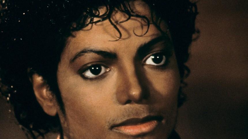 Nyt Michael Jackson-album til november