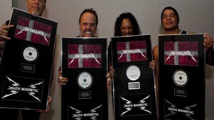 Metallica får platin