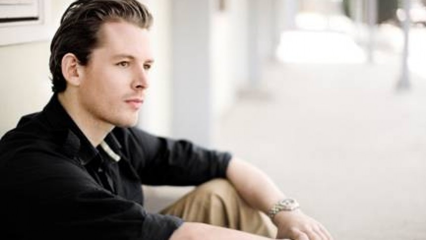 Rasmus Seebach på vej med debut