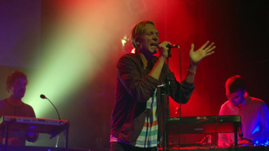 When Saints Go Machine – At være et band er meget mere end bare at skrive sange