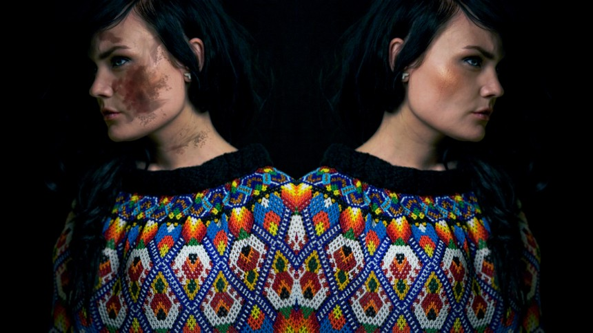 RebekkaMaria laver nyt feminint album