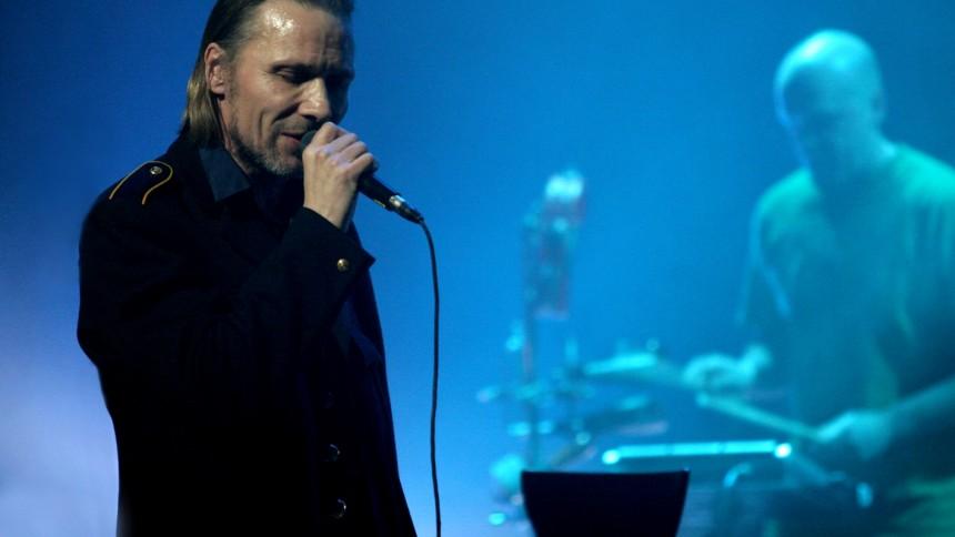 Holbek med Peter Sommer, Steen Jørgensen med flere: Late Night, Nørrebro Teater, København