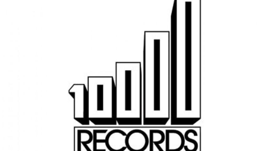 10.000 Records udfordrer pladeindustrien