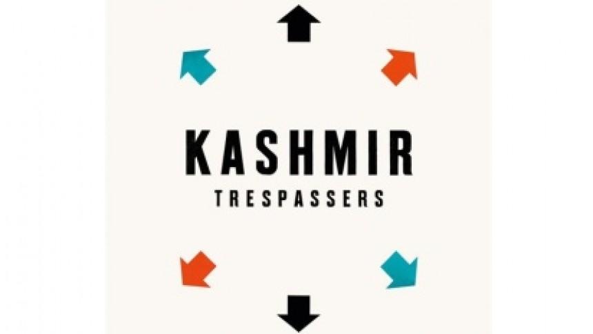 Kashmir-cover mætter hjemløse
