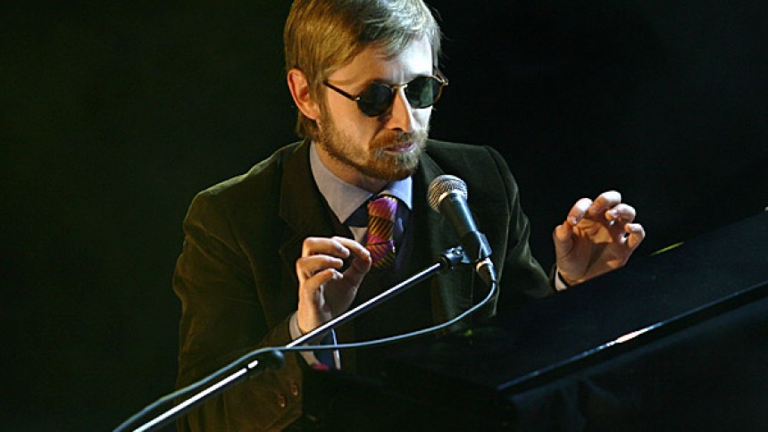 The Divine Comedy til Lille Vega