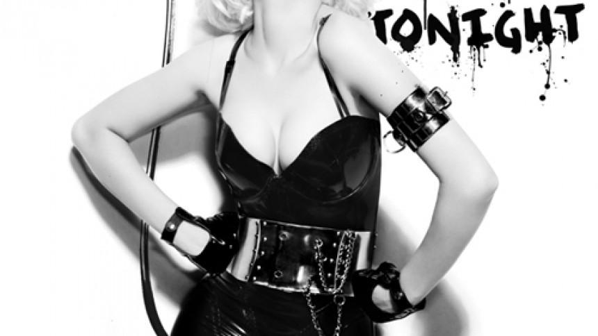 Christina Aguilera bryder tavsheden