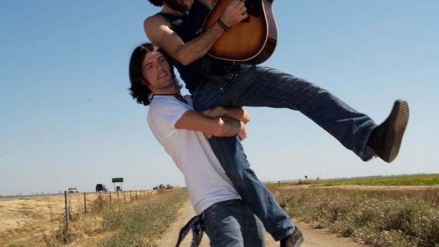 The Avett Brothers – Opløftende roots-rødder i en sky af sprungne banjostrenge