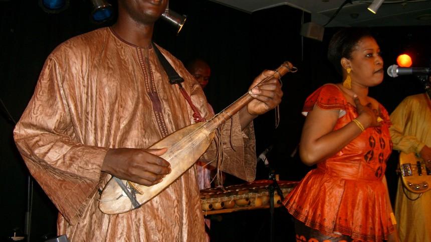 Malis store bluesmester gæster Global