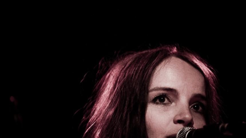 Anna Rosenkilde klar med debutalbum