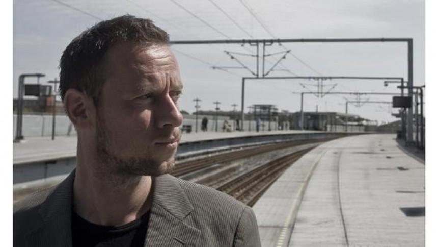 Fielfraz-bassist udgiver soloalbum