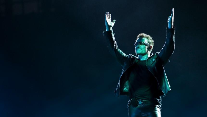 U2 arbejder på tre forskellige plader