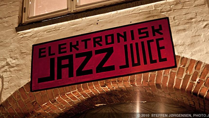 Diverse kunstnere: Elektronisk Jazzjuice, Musikcaféen, Århus