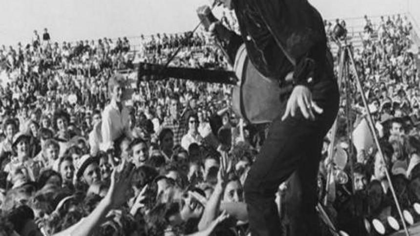 Gamle Elvis-optagelser i nye klæder