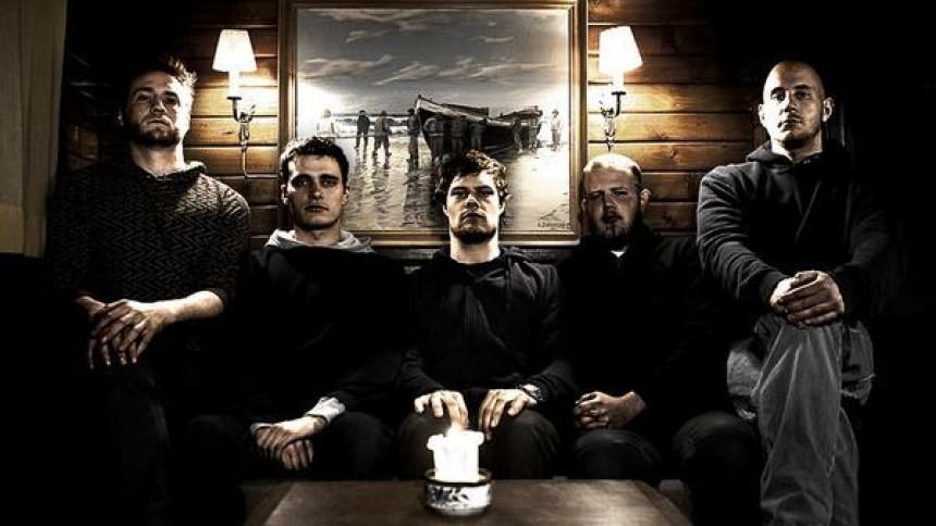 The Psyke Project varmer op for Meshuggah