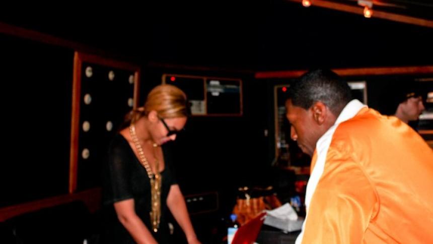 Beyoncé er i studiet