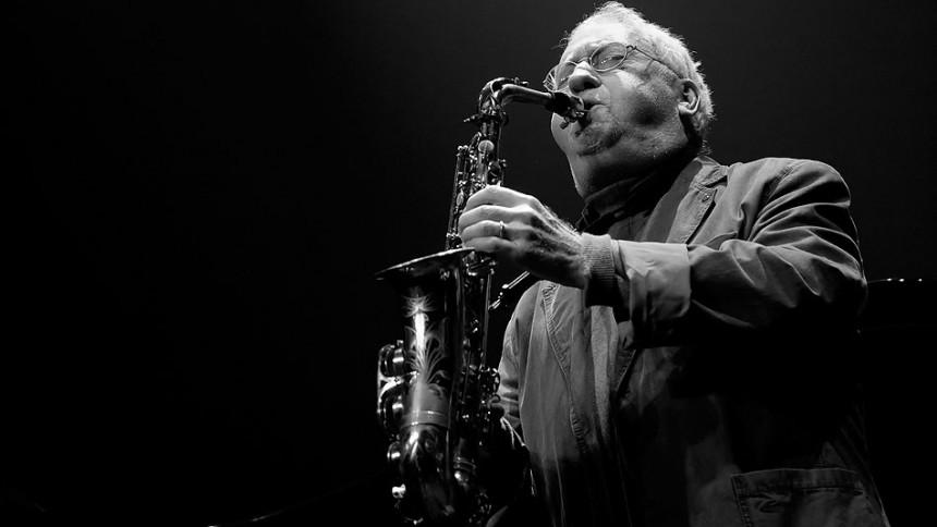 Jazzlegenden Lee Konitz spiller fire koncerter i Montmartre
