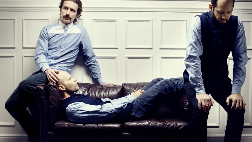 WhoMadeWho har to plader i støbeskeen