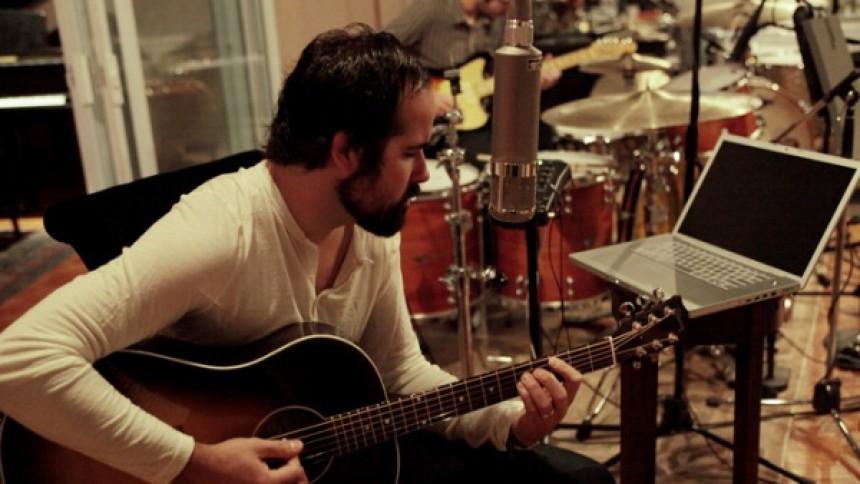 Ronnie Vannucci udgiver album