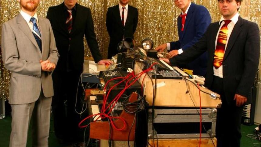 Apparat Organ Quartet gæster Vega