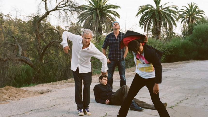 Hør Red Hot Chili Peppers' nye single