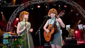 Kirsten & Marie, Roskilde Festival, 27062011