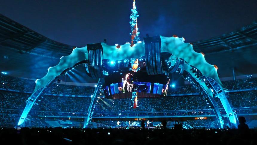 U2 vil sælge deres scener