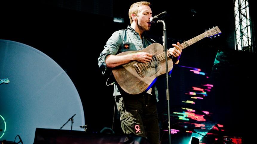 "Lyt til Coldplays nye sang ""Charlie Brown"""