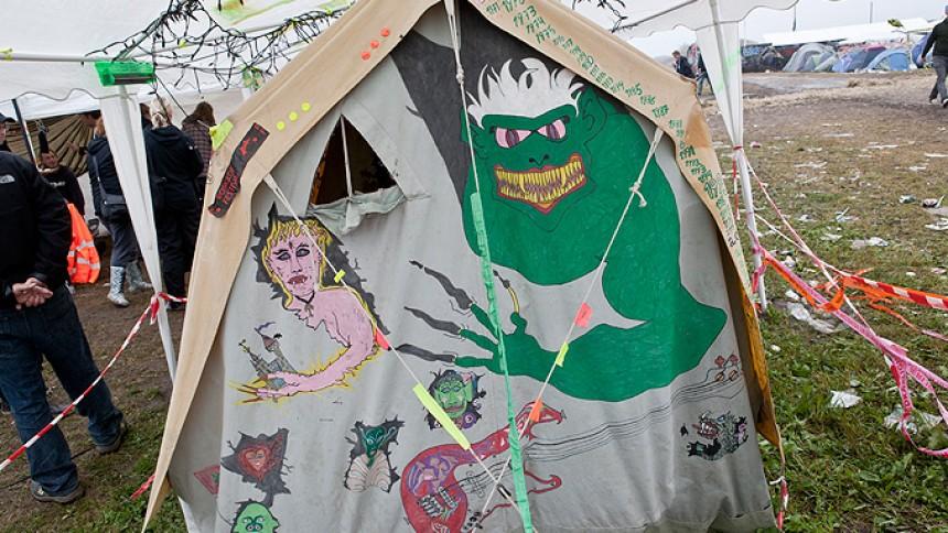 Legendarisk Roskilde-telt overdraget til Danmarks Rockmuseum