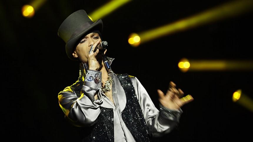 Regnen stoppede Prince