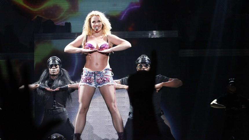 Britney Spears efterforskes efter anklage om vold