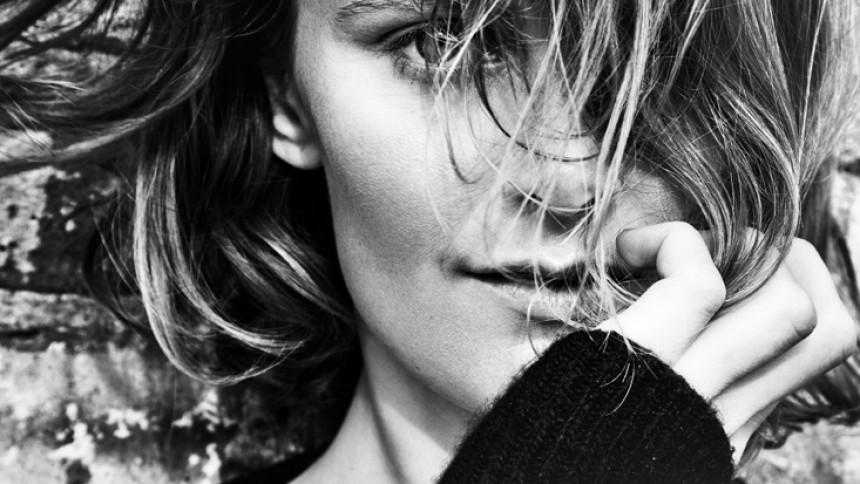Jay-Z hjælper danske Sara Savery på vej