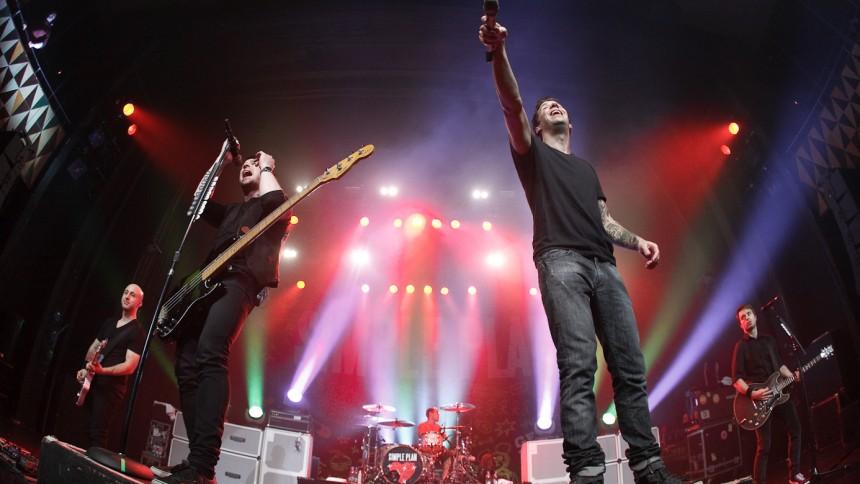 Simple Plan blander genrerne i Danmark