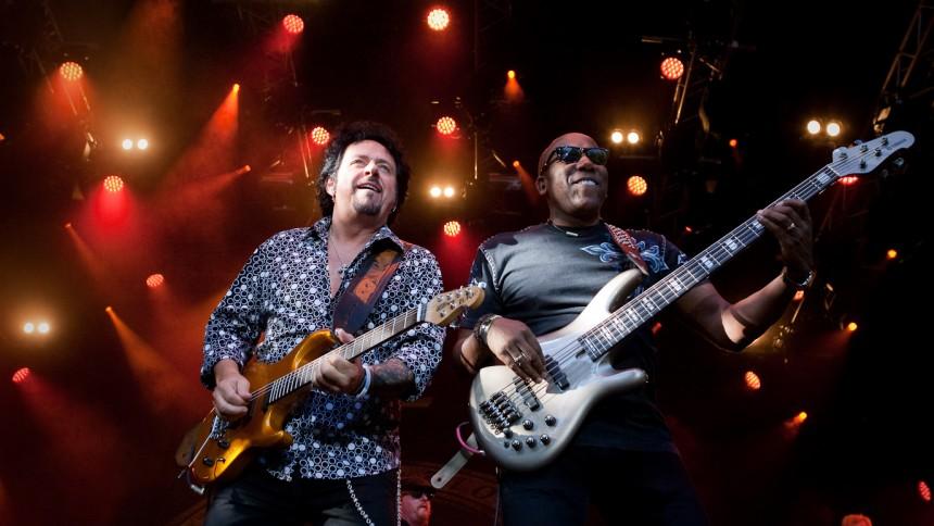 Toto fejrer 35 års jubilæum i København