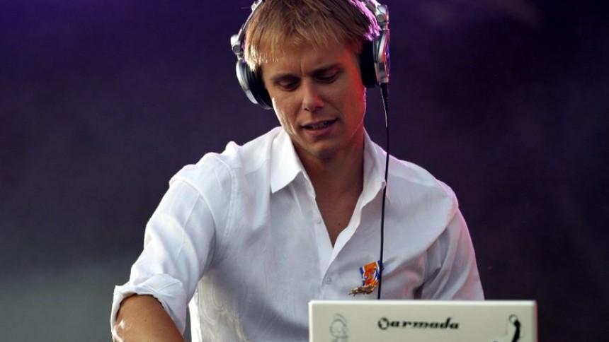 Armin van Buuren giver stort show i Danmark