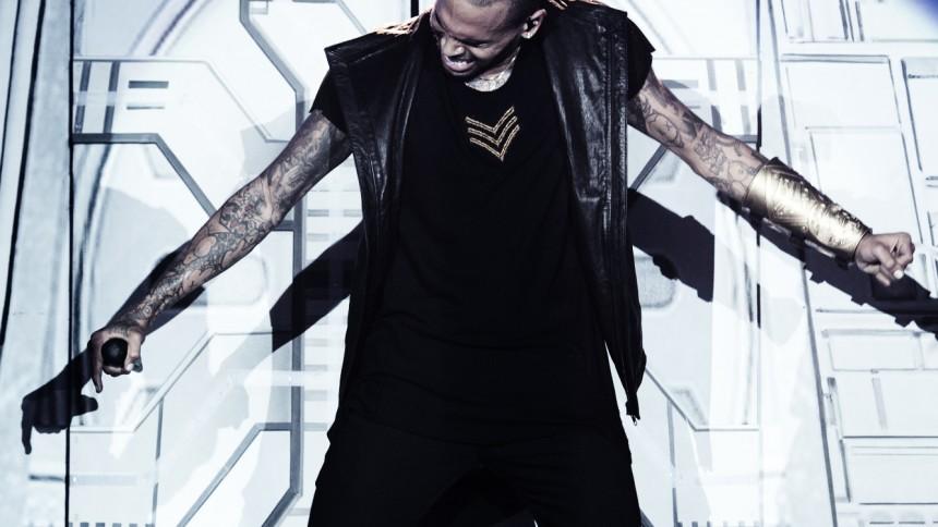 Chris Brown atter i politiets søgelys for vold