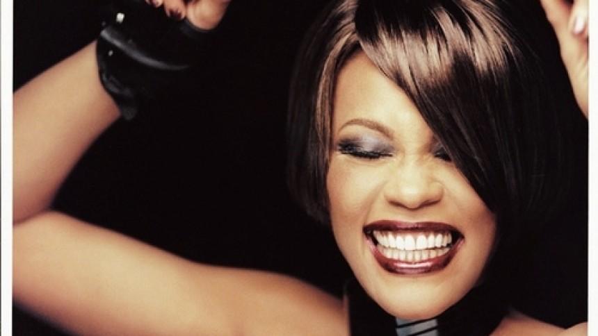 Dionne Warwick benægter rygter om søsterens misbrug af Whitney Houston