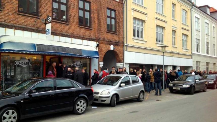 Ny udgivelse skaber kø foran nordjysk pladebutik